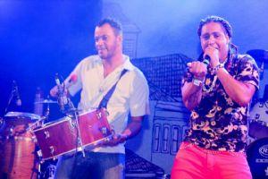 Ele é baiano, ama um trio elétrico e já cantou ao lado de Preta Gil (Crédito: Agência da Notícia)