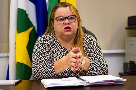 A secretária de Educação Marioneide Kliemaschewsk: 47% das escolas não paralisaram atividades (Crédito: Marcos Vergueiro/Secom-MT)