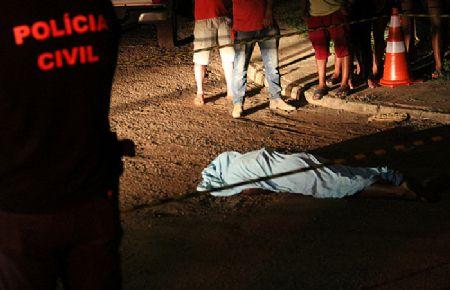 A vítima morreu no local do crime, já o suspeito fugiu sem ser identificado (Crédito: EldoradoFM)