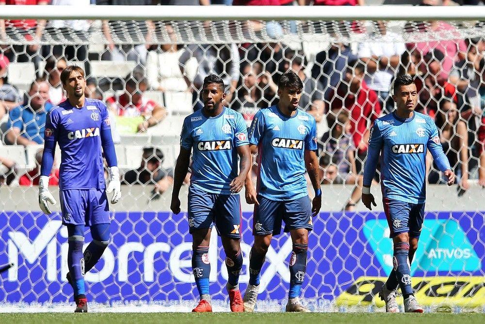 a6b768a05c Jornalistas apontam desequilíbrio no elenco do Flamengo