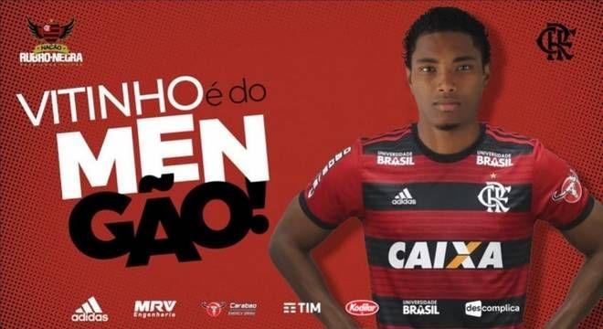 44720d4965 Vitinho é do Flamengo! Rubro-Negro anuncia contratação do atacante ...