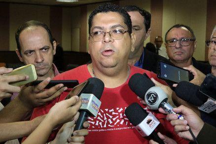 O presidente do Sintep, Valdeir Pereira: