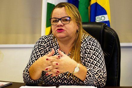 A secretária de Educação Marioneide Kliemaschewsk: 53,58% das escolas retornam às atividades (Crédito: Marcos Vergueiro/Secom-MT)