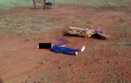 O corpo da vítima parou a mais de  10 metros da cabeça (Crédito: Agência da Notícia/Reprodução)