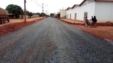 O asfalto é uma das obras mais solicitadas pelos moradores do Araguaia (Crédito: Agência da Notícia)