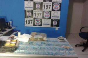 Polícia prende dois traficantes com droga e R$ 13,2 mil no Médio-Norte (Crédito: Reprodução)