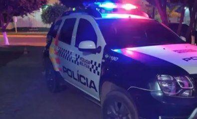 A PM fez rondas na cidade, na tentativa de localizar o suspeito, mas a camionete não foi localizada. (Crédito: Agência da Notícia com Reprodução)
