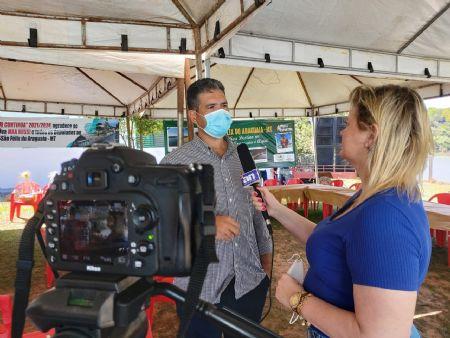 Prefeito Fabio Faria em entrevista a Jornalista Camila Nalevaiko do Agência da Notícia (Crédito: Agência da Notícia)