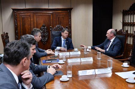 O Agência da Notícia acompanhou a reunião que durou cerca de uma hora (Crédito: Agência da Notícia)