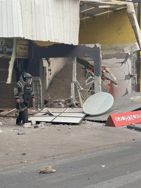 O Esquadrão antibombas do Bope foi acionado e fez uma varredurado local, porém não foram encontrados artefatos explosivos. (Crédito: Agência da Notícia com Reprodução)