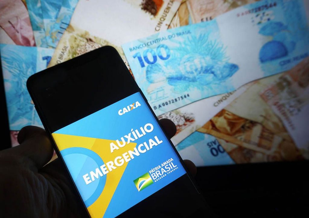 Auxílio emergencial de R$ 600 para informais começa a ser pago ...