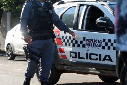 A Polícia Militar atendeu a ocorrência nesta segunda-feira (2) (Crédito: Agência da Notícia com Reprodução)