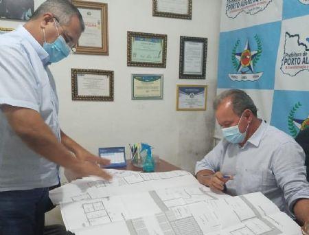 Apresentação do Projeto feito pelo empresário Ernando Cardoso ao Prefeito Municipal de Porto Alegre do Norte (Crédito: Agência da Notícia com Reprodução)