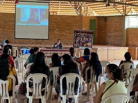 Aproximadamente 60 mulheres indígenas dos estados de Mato Grosso, Tocantins e Goiás participaram esta semana, em São Félix do Araguaia, de um seminário com temática voltada à violência doméstica e familiar. Um problema que, segundo as participantes,  (Crédito: Agência da Notícia com Reprodução)